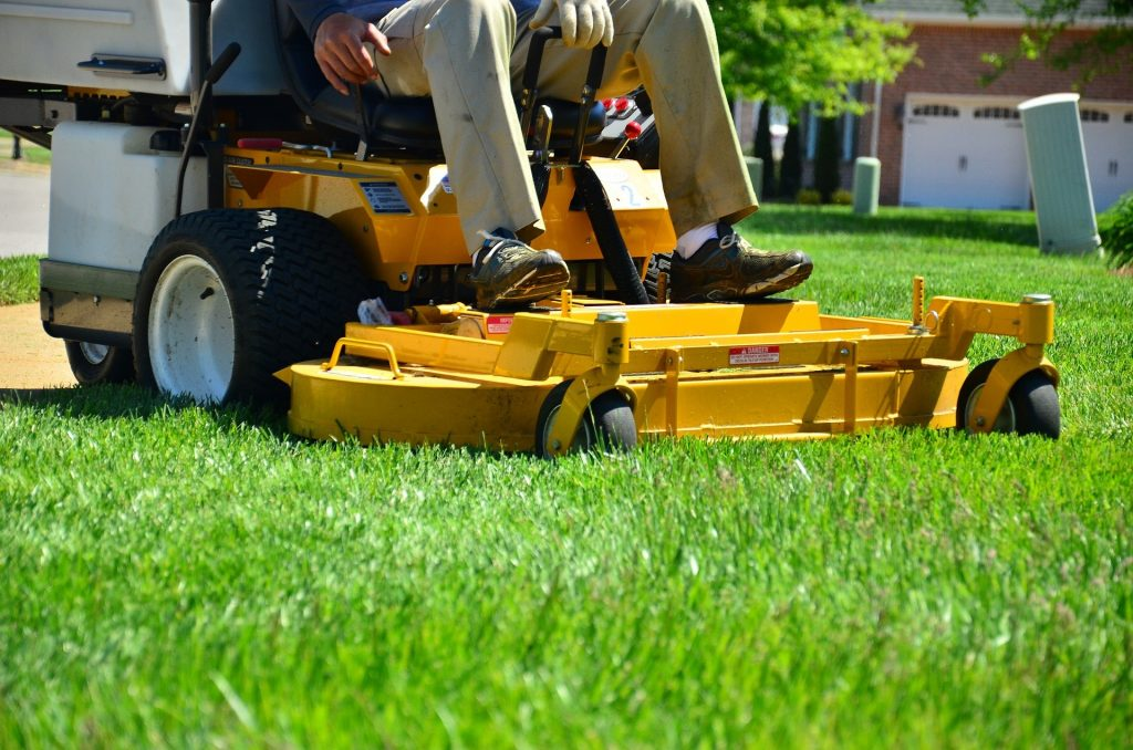 property management maintenance service - lawn care